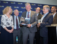 William Finnegan vince il William Hill Sports Book of the Year con «Giorni selvaggi»