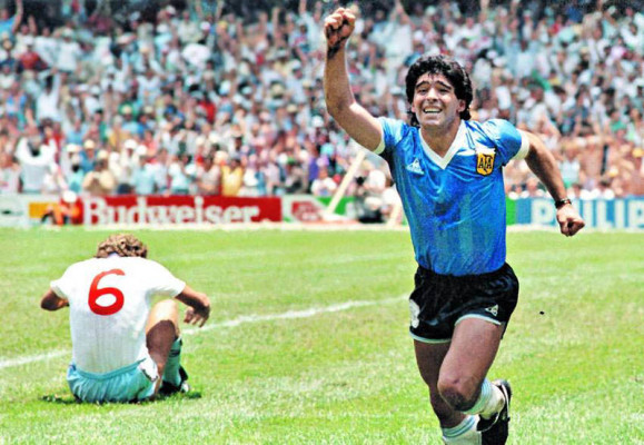 Maradona_vs_england