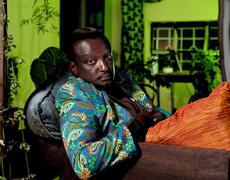 Un aiuto per Binyavanga Wainaina