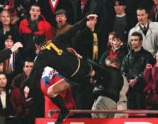 Dov'eri il 25 gennaio del 1995, United contro Crystal Palace, quando Cantona prese a calci uno spettatore?