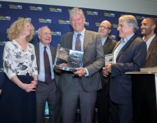 William Finnegan vince il William Hill Sports Book of the Year con «Giorni selvaggi»